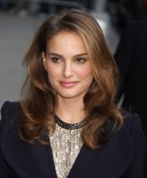 69812_Natalie_Portman_Visits_Late_Show_With_David_Letterman_005_122_410lo.jpg