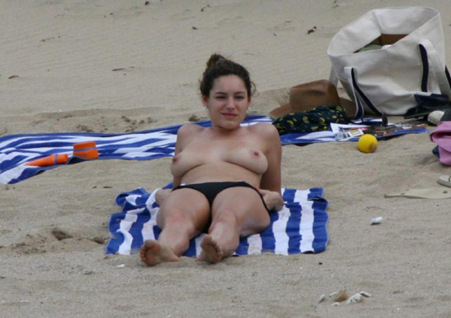 Hot Girl Nude Sunbathing On Naked Woman