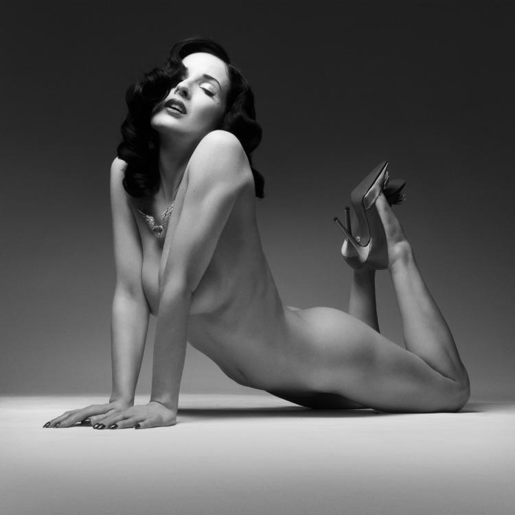 Von Teese Nude