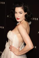 72988_Dita_von_Teese_-_J_Moore_5_A_Diamond_is_Forever_Private_Dinner_Party_6139_122_506lo.jpg