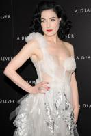 73094_Dita_von_Teese_-_J_Moore_2_A_Diamond_is_Forever_Private_Dinner_Party_251_122_245lo.jpg