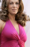 95137_Celebutopia-Elizabeth_Hurley_launches_Elizabeth_Hurley_for_MNG_Collection_in_Madrid-26_122_599lo.jpg
