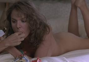 Barbara Alyn Woods without clothes