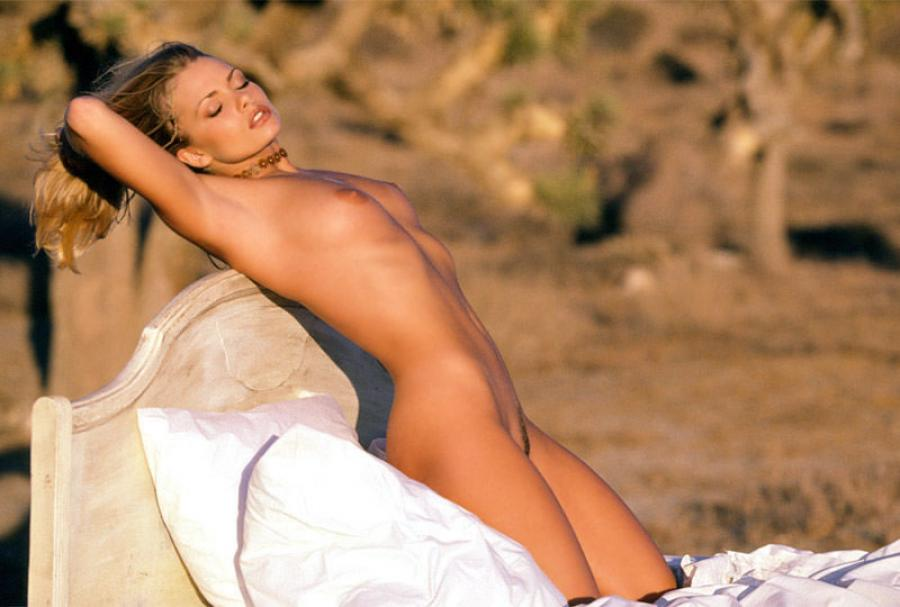 Jaime pressly nude scene in poison ivy picture