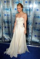ZJ7IM24VB6_Kaley_Cuoco_-_2011_Peoples_Choice_Awards_25_.jpg
