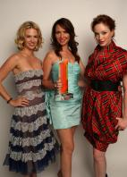 IYKPMSHA2R_January_Jones_2C_Janie_Bryant__Christina_Hendricks.jpg
