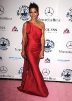 72230_329781d1288231670_halle_berry_red_dress_pokies_halleberry_1__122_338lo.jpg