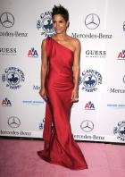 72235_329782d1288231670_halle_berry_red_dress_pokies_halleberry_2__122_378lo.jpg