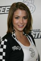 29198_Celebutopia-Gemma_Atkinson_launches_mobile_telephone_game_Need_For_Speed_Pro_Street_in_London-06_122_644lo.jpg