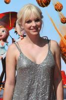95747_Anna_Faris_Cloudy_With_A_Chance_Of_Meatballs_Premiere_LA_120909_009_122_148lo.JPG