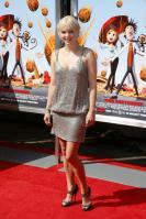 95871_Anna_Faris_Cloudy_With_A_Chance_Of_Meatballs_Premiere_LA_120909_012_122_439lo.jpg