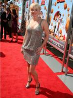 96266_Anna_Faris_Cloudy_With_A_Chance_Of_Meatballs_Premiere_LA_120909_022_122_389lo.jpg