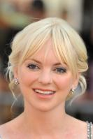 96266_Anna_Faris_Cloudy_With_A_Chance_Of_Meatballs_Premiere_LA_120909_023_122_671lo.jpg