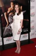 87851_s_ah_love_and_other_drugs_opening_night_gala_afi_fest_20101104_29_122_564lo.jpg