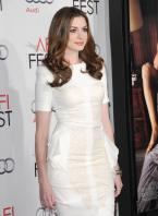 87988_s_ah_love_and_other_drugs_opening_night_gala_afi_fest_20101104_48_122_210lo.jpg