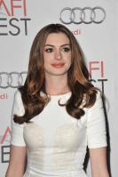 88000_s_ah_love_and_other_drugs_opening_night_gala_afi_fest_20101104_50_122_510lo.jpg