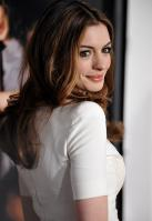 88011_s_ah_love_and_other_drugs_opening_night_gala_afi_fest_20101104_51_122_462lo.jpg