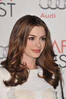 89265_s_ah_love_and_other_drugs_opening_night_gala_afi_fest_20101104_73_122_373lo.jpg