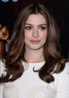 89409_s_ah_love_and_other_drugs_opening_night_gala_afi_fest_20101104_90_122_216lo.jpg