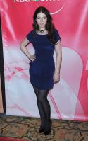 73342_Michelle_Trachtenberg_-_2010_NBC_Press_Tour_Cocktail_Party_-_Jan_10th_019_122_251lo.jpg