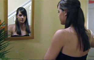 908183110_michelle_ryan_eastenders_2_122_46lo.jpg